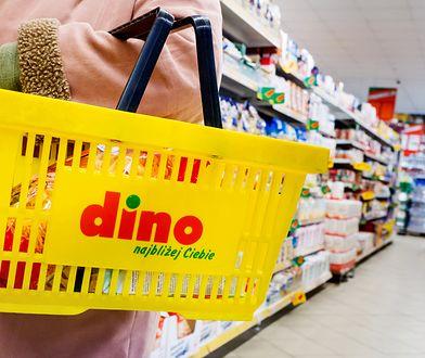 W czwartek niektóre placówki Dino (sieć nie zdradza, ile dokładnie) stały zamknięte, podobnie jak tysiące innych sklepów, drogerii, restauracji, a nawet kin.