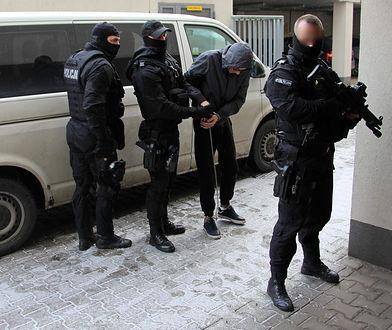 Policjanci zatrzymali sprawców napadu na bank w Poznaniu
