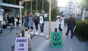 Aktywiści z Extinction Rebellion wykorzystali początek FPFF w Gdyni do przeprowadzenia swojego happeningu