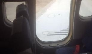 Panika na pokładzie. Drzwi samolotu wypadły podczas lądowania