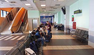 Podróżni utknęli na lotnisku w Katowicach