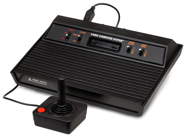 Atari 2600 z 1982 roku - Darth Vader. Sprzedawana z grą Pac Man.