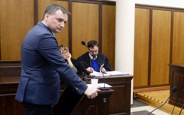 Zbigniew Ziobro podczas procesu, który wytoczyła mu sędzia Beata Morawiec