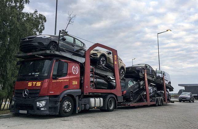 Tylko w czerwcu do Polski sprowadzono 78 tys. używanych samochodów