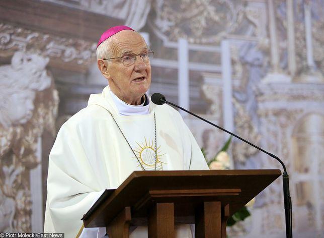 Pod oświadczeniem podpisał się biskup Ignacy Dec
