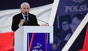 Jarosław Kaczyński przemawia podczas konwencji programowej PiS.