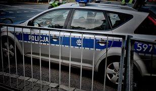 BMW wjechało pod tramwaj. 1 osoba nie żyje, 2 zostały ranne
