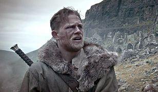 Charlie Hunnam żałuje, że nie będzie już mógł zagrać króla Artura