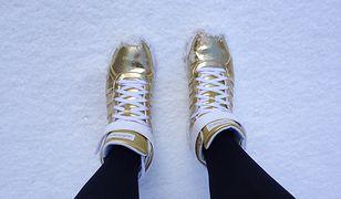 WD-40 zabezpieczy buty na zimę.