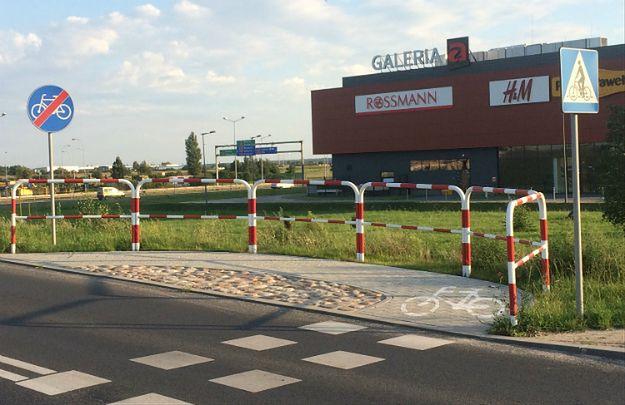 W Poznaniu powstała najkrótsza droga rowerowa na świecie? Kolejny polski absurd