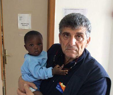 """""""Nikt nie widział tylu zmarłych, co ja"""". Lekarz z Lampedusy oskarża"""