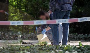 Warszawa. Mężczyzna, który podpalił się przed KPRM, zmarł