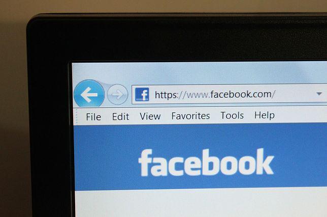 Ekran logowania do Facebooka