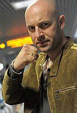 ''Bokser'': Wywiad z Szymonem Bobrowskim