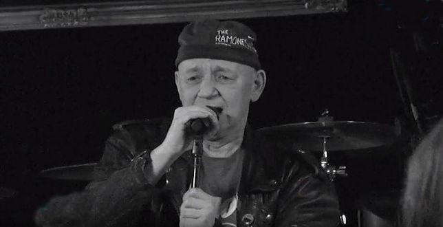 Zmarł Tomasz Wojnar. Lider punkowej grupy Defekt Muzgó