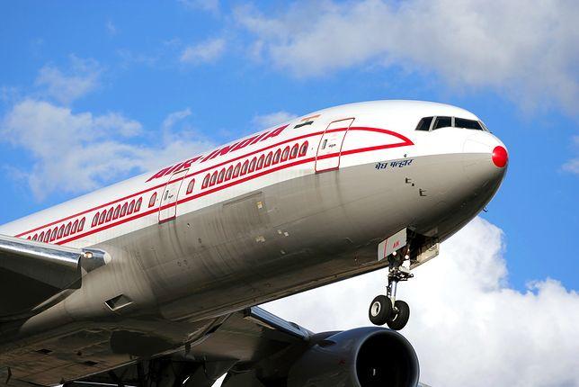 """Air India – wydzielone miejsca dla samotnych kobiet i pracownicy w wersji """"fit"""""""