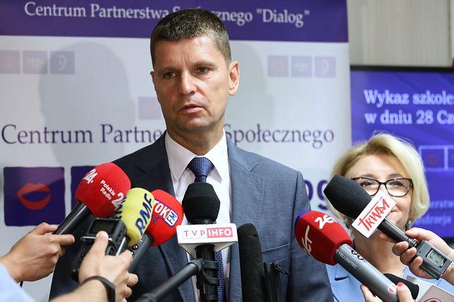 Aleksandra Dulkiewicz oskarża PiS. Minister edukacji Dariusz Piontkowski reaguje