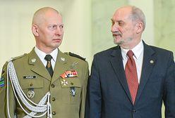 Gen. Różański uderzył w Macierewicza. Padły mocne słowa