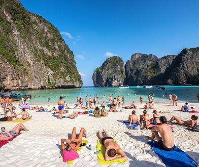 Tygodniowe wakacje w hotelu przy plaży możemy zarezerwować już za 3,5 tys. zł od osoby