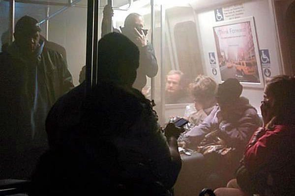 Dym i ewakuacja w metrze w Waszyngtonie. Jedna osoba nie żyje