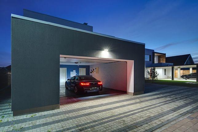 Polacy zaczną masowo kupować garaże? Na takiej inwestycji można zarobić lepiej niż na wynajmie mieszkania