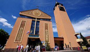 Sochaczew: miasto sprzedało działkę kościołowi bez przetargu. Mieszkańcy oburzeni