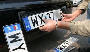 W wielu starostwach rejestracja pojazdu była nie tyle trudna, co niemożliwa. Powoli sytuacja się poprawia