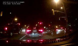 Tajniacy zatrzymują samochód. Kierowca nie miał prawa się tego spodziewać
