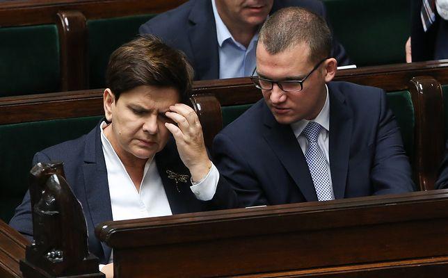 Premier Beata Szydło i sekretarz stanu w KPRM Paweł Szefernaker