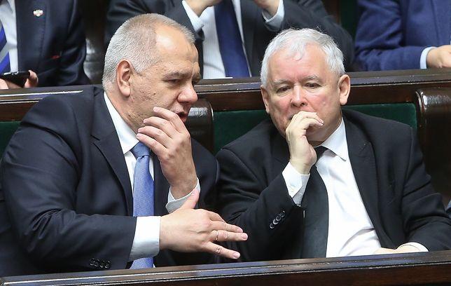 Koronawirus w Polsce a wybory prezydenckie. Poczta Polska pod jurysdykcją Jacka Sasina, ministra aktywów państwowych.