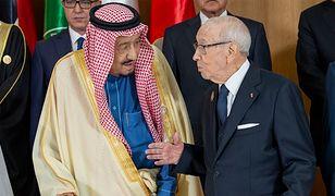 Saudyjski król i prezydent Tunezji na szczycie w Tunisie