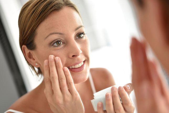 Czy systematycznie stosowany krem przeciwzmarszczkowy może odmłodzić skórę?