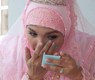 Po ślubie zobaczył żonę bez makijażu. Poczuł się oszukany i poszedł do sądu