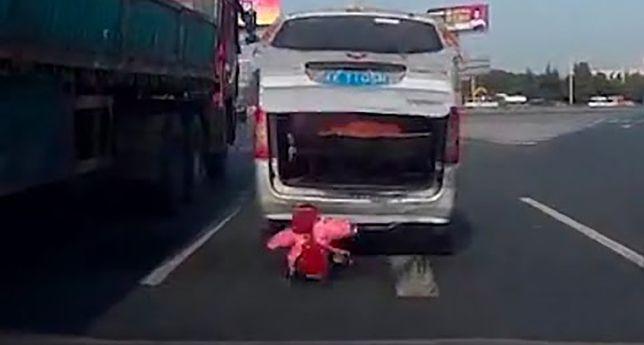 Kierowca zgubił dziecko podczas jazdy