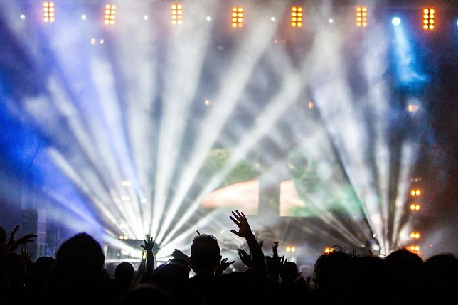 21 sierpnia przy toruńskich Jordankach koncert o godz. 19:00 otworzył Tomasz Organek.