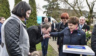 """Bartłomiej Biskup: """"Wszystkie partie chcą być blisko ludzi. Komu się naprawdę udaje?"""" (Opinia)"""