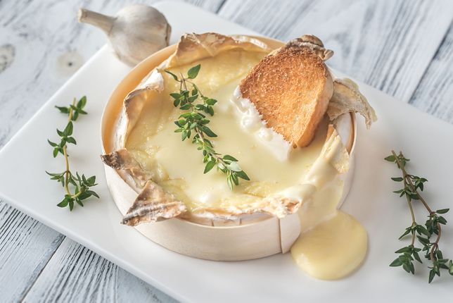 28 kwietnia – dzień sera camembert. Ser pleśniowy na cztery sposoby