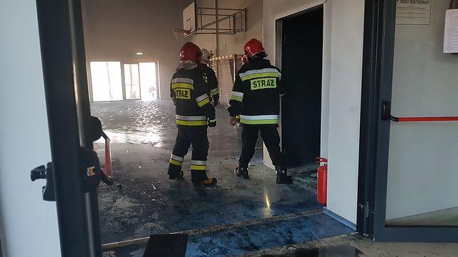 Pożar w szkole w Napachaniu pojawił się w jednej z sal w hali sportowej