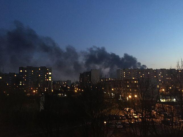 W Jawczycach zapalił się magazyn. Fot. Mateusz Grabarczyk