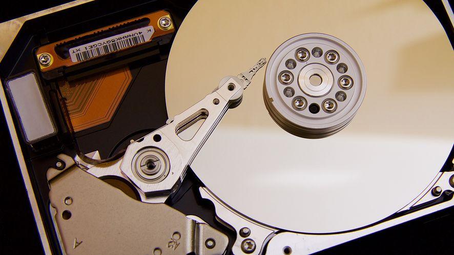 Bezpieczne usuwanie plików z komputera jest ważne przed sprzedaniem sprzętu/fot. Pixabay