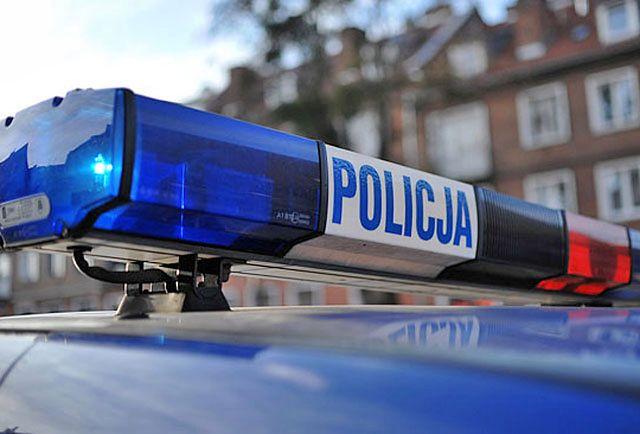Policjanci jechali na interwencję. Motocyklista uderzył w radiowóz