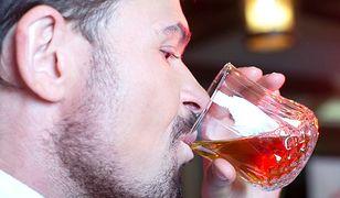 Jeden drink tygodniowo mniej oznacza dłuższe życie