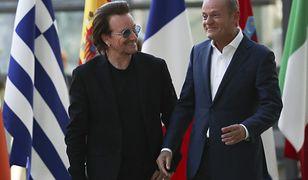 Bono i Donald Tusk podczas wizyty muzyka w Brukseli.