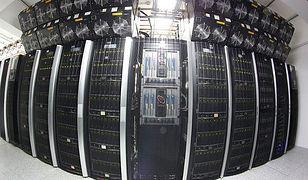"""Superkomputer """"Zeus"""" z AGH najmocniejszym komputerem w Polsce"""