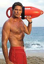 David Hasselhoff w basenie z piraniami