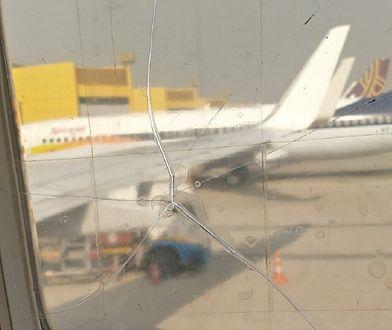 Samolot leciał ze stłuczonym oknem