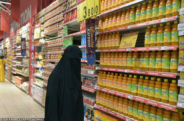 Carrefour w Dubaju obniża ceny o 77 proc. Przez ramadan