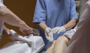 Gosia asystuje chirurgowi- urologowi