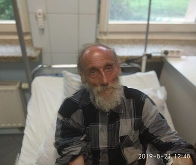 Policja z Limanowej prosi o pomoc w rozpoznaniu mężczyzny, który szedł drogą krajową nr 28 w Zawieściu