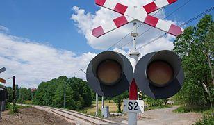 Do wypadku doszło na niestrzeżonym przejeździe kolejowym w Suchym Borze